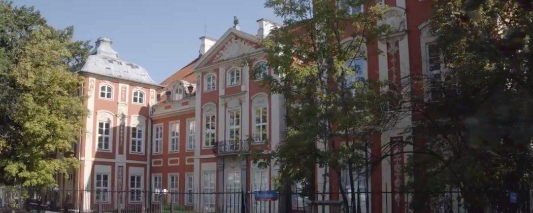 zdjęcie pałacu